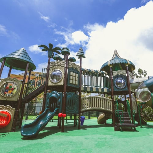 Rong Qiao Sedbergh School - Play Equipment